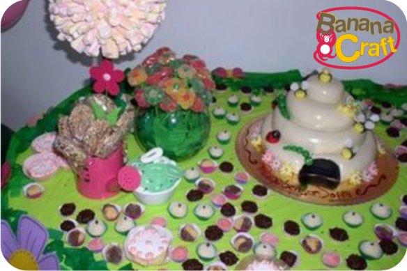 fotos de aniversario tema jardim encantado : fotos de aniversario tema jardim encantado:de colméia é um arraso um belo exemplo de decoração craft para