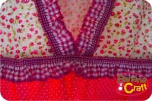 decote blusa rosa com babados