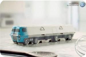 caminhão feito com caixa de ovo