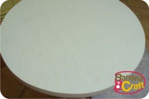 mesa de madeira pintada a mão