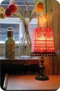 luminária com cúpula de crochê
