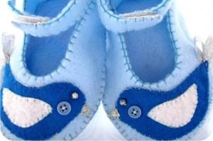 sapatinhos de bebê com passarinhos - feltro