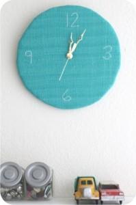bordado - relógio de parede - ponto atrás