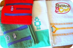 toalhas para bebê - robôs