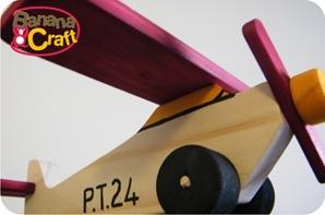 brinquedo de madeira artesanal