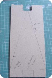 pinheiro de feltro e papelao