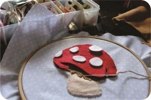 cogumelo bordado