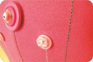 blusa bordada com botao