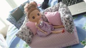 sofa de brinquedo reciclado