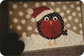 christmas rug with bird