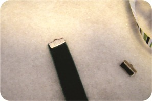 colar feito com fita