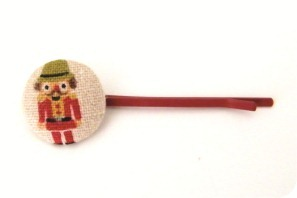 button hair pin