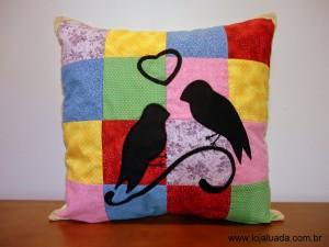 almofada passarinhos